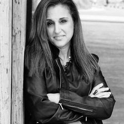 Author Interviews Kristina Rienzi